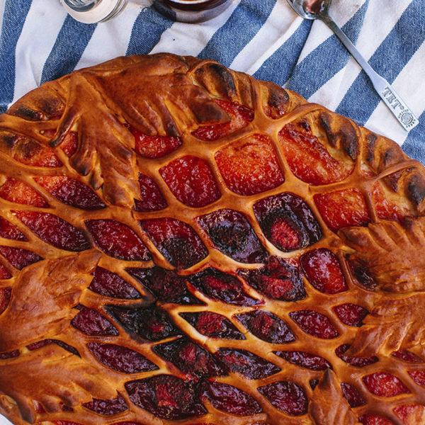 Пирог с клубничным вареньем2