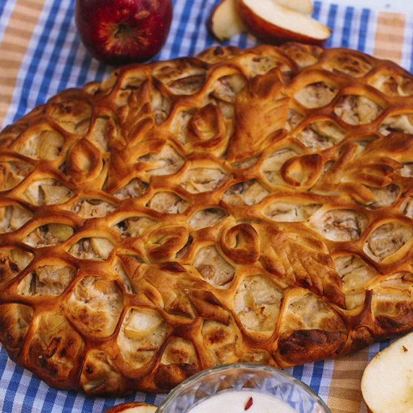 Пирок с яблоками в йогурте2